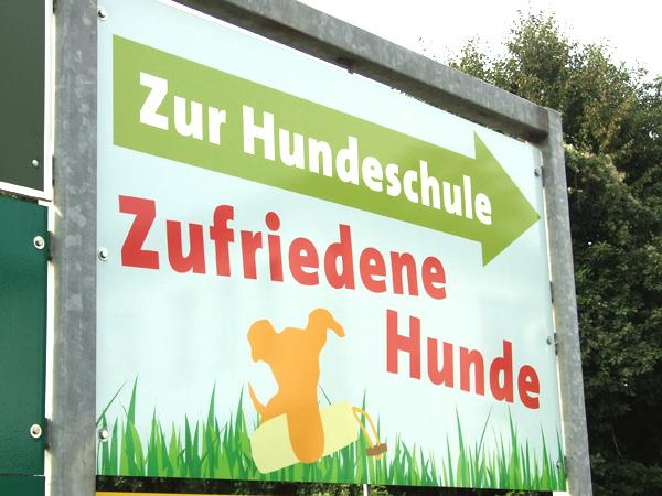 Hundeschule Zufriedene Hunde in Emmerich, Löwenbergerhof 2